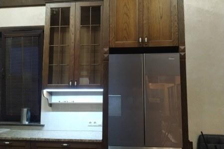 Классическая кухня из массива фото
