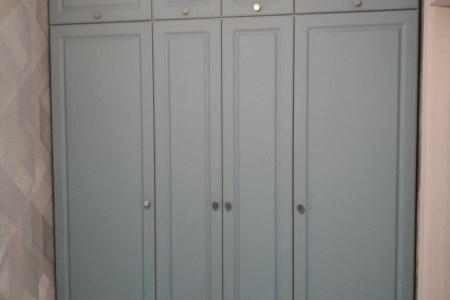 Второй шкаф из комплекта фото
