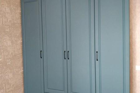 Шкаф распашной классический пример работы фото