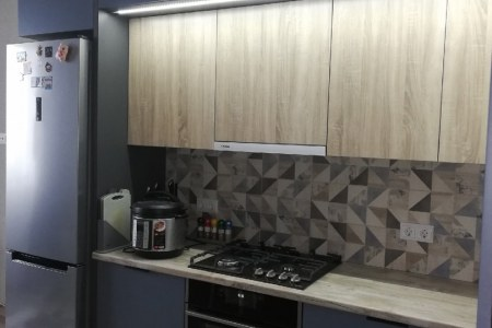 Кухня с подсветкой и уровнями фото