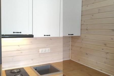 Стильные шкафчики на кухонном гарнитуре пример фото
