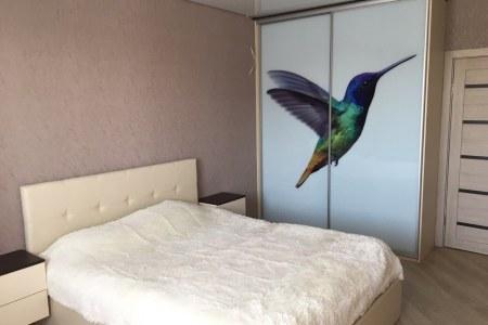 Комплект мебели - шкаф-купе, кровать, тумбы