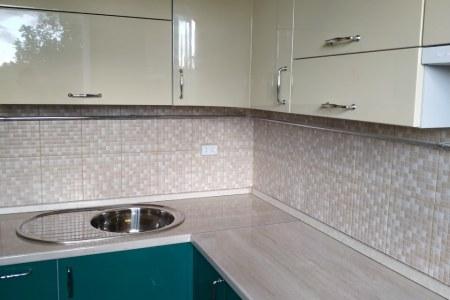 Кухня с эмалированными фасадами в Муроме