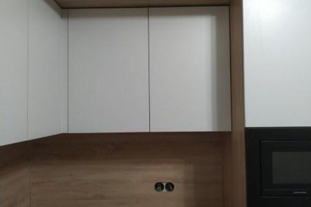 Белая кухня из ЛДСП во Владимире