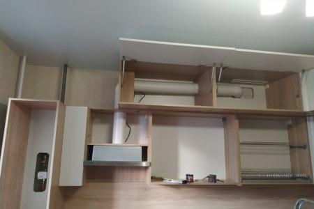 Кухня с ящиками Blum tip-on фото