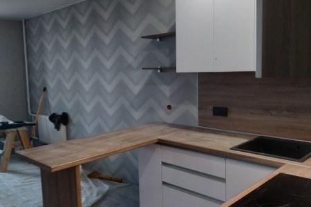 Кухня-студия с фасадами МДФ фото