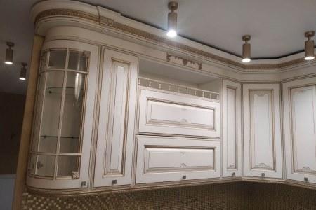 Кухня с выдвижными ящики Blum Antaro фото