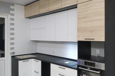 Кухня в стиле хайтек в светлых тонах фото
