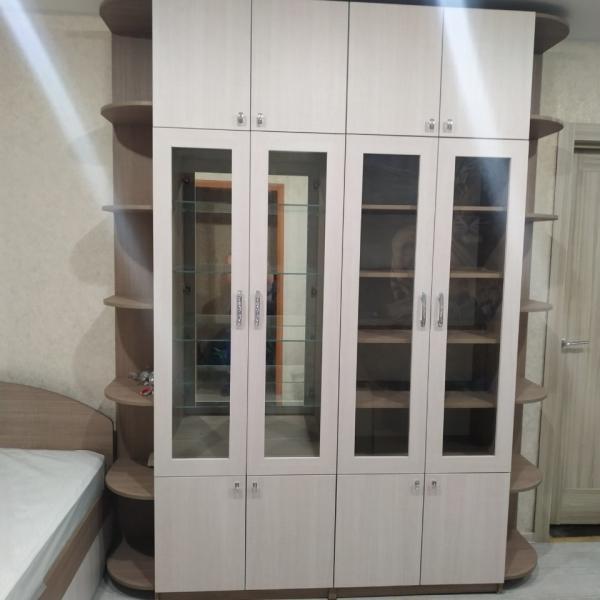 Комплект мебели - распашной шкаф