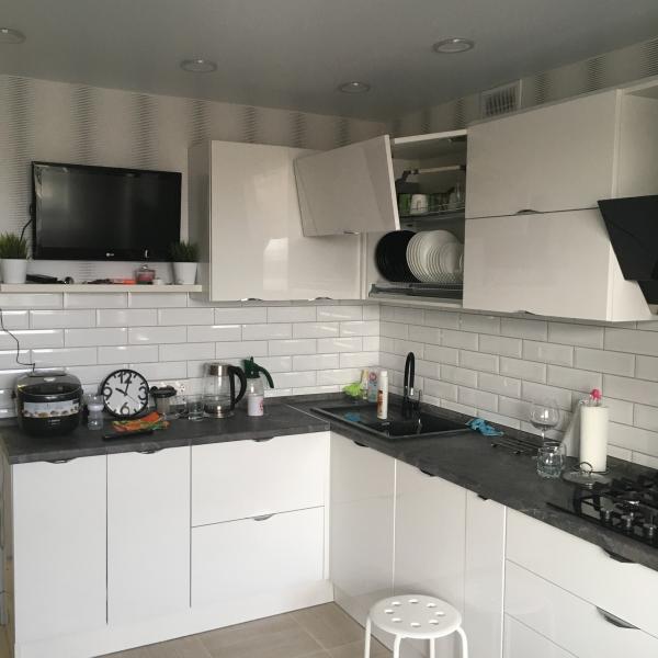 Кухонный гарнитур эмаль-краска