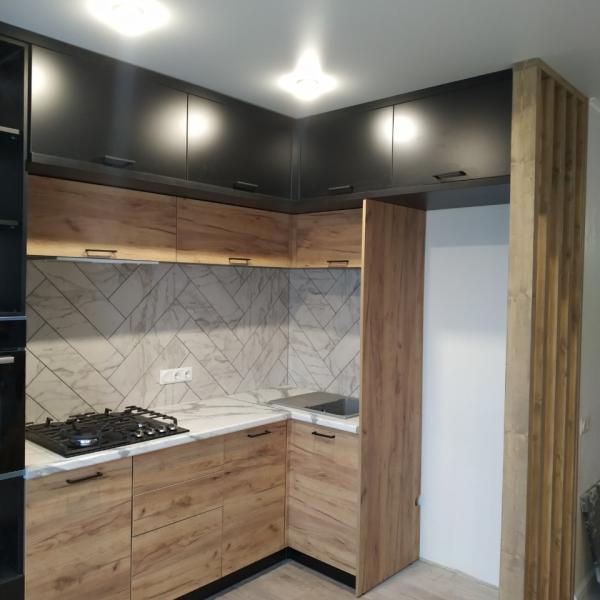 Кухня с подсветкой