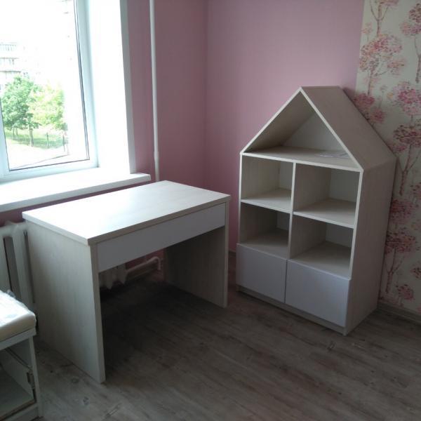 Комплект мебели в детскую комнату - комод
