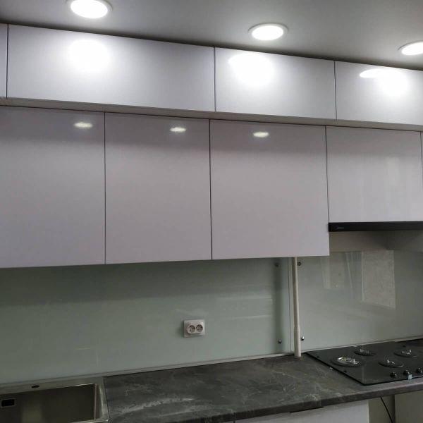 Большая современная кухня из Владимира фото